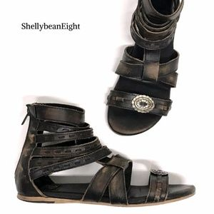 FREEBIRD by STEVEN BETTE Gladiator Sandals Flats 9